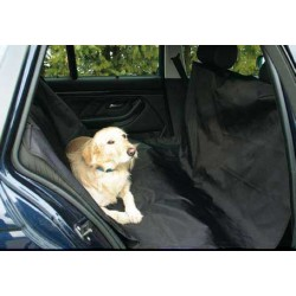 MATA na tylne siedzenia samochodu